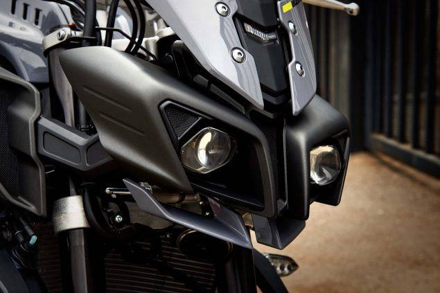 2017-Yamaha-FZ-10-USA-40