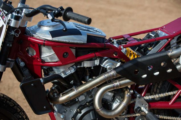 Indian-Scout-FTR750-flat-track-race-bike-01