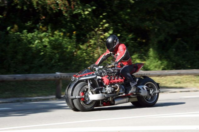 lazareth-lm847-leaning-four-wheeler-04