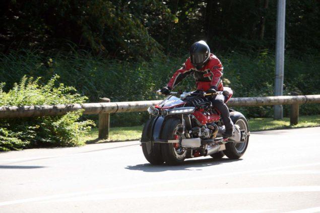 lazareth-lm847-leaning-four-wheeler-06