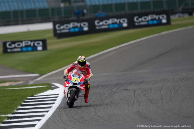 MotoGP-2016-Silverstone-Rnd-12-Tony-Goldsmith-403