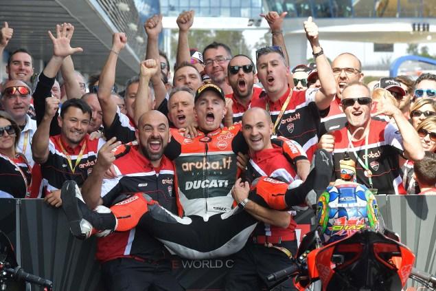 chaz-davies-ducati-corse-jerez-race-2-world-superbike-07
