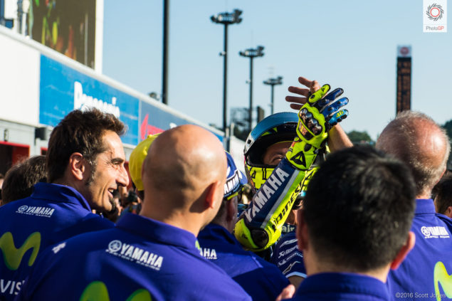 twin-ring-motegi-2016-rossi-team-pole-position