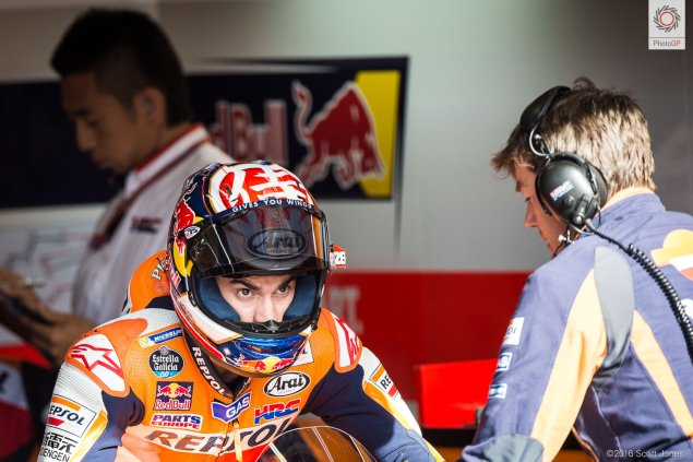 twin-ring-motegi-dani-pedrosa-box-scott-jones