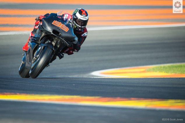 2016-valencia-test-jorge-lorenzo-track