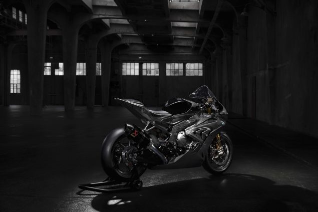 2017-bmw-hp4-race-high-resolution-photos-01