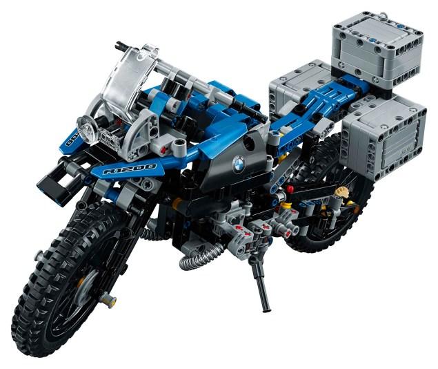 bmw-r1200gs-lego-technic-studio-01