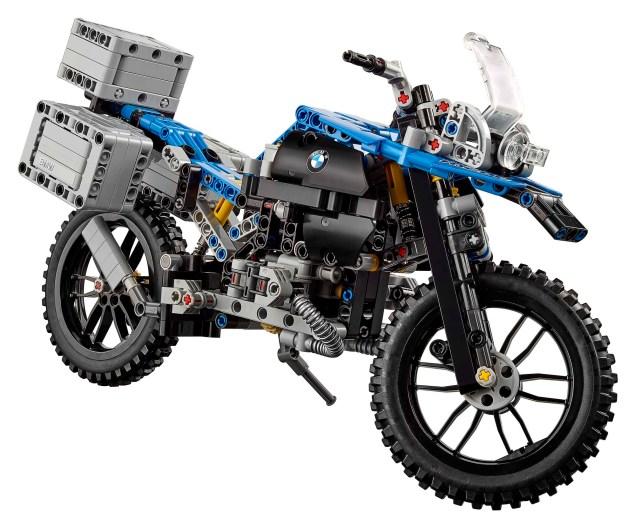 bmw-r1200gs-lego-technic-studio-03