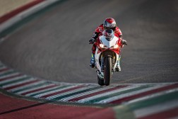Ducati-1299-Panigale-R-Final-Edition-01