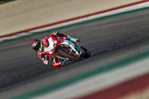 Ducati-1299-Panigale-R-Final-Edition-11