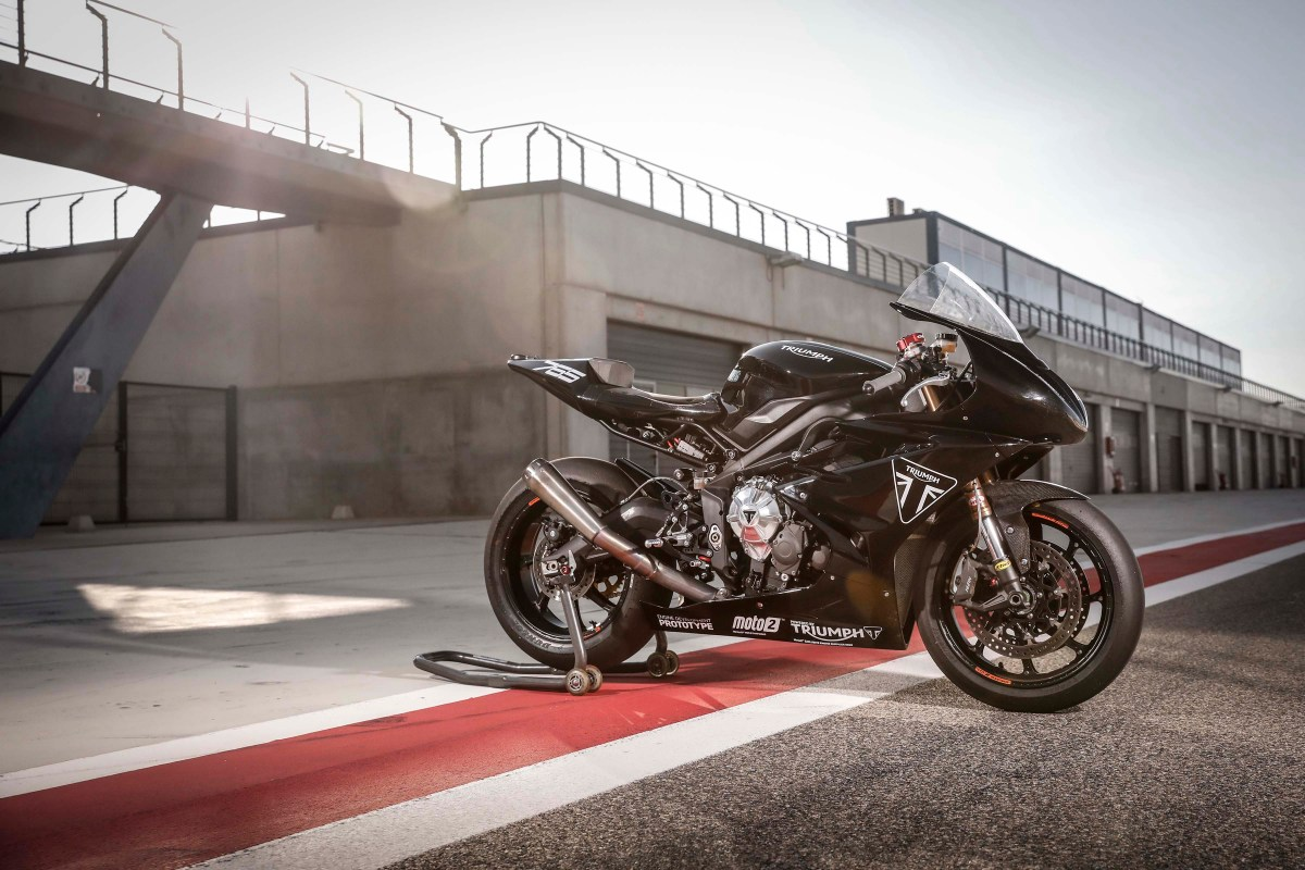 Triumph Tests Moto2 Engine with Daytona 765 Prototype