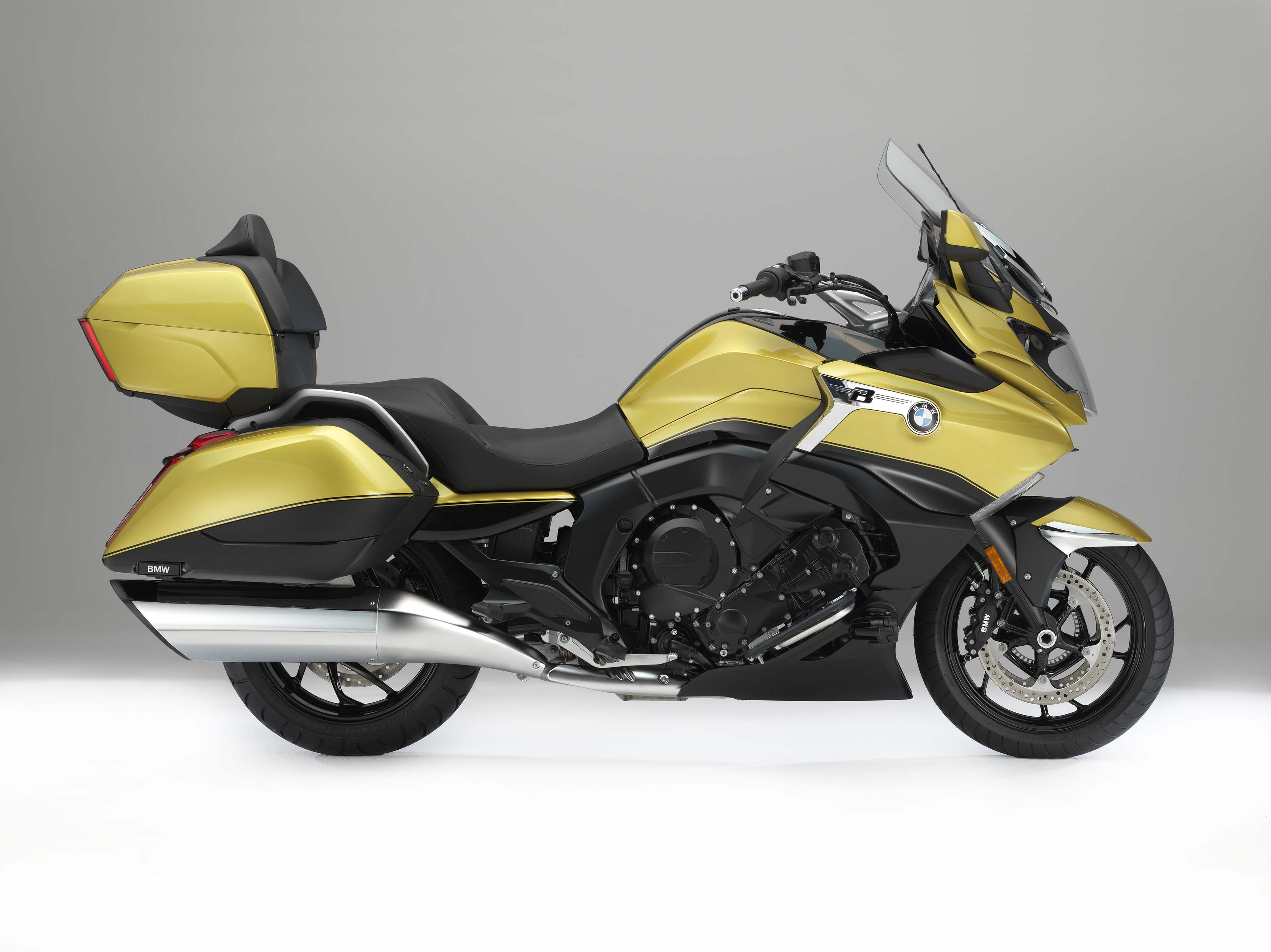 bmw k1600 grand america touring the american way asphalt rubber. Black Bedroom Furniture Sets. Home Design Ideas