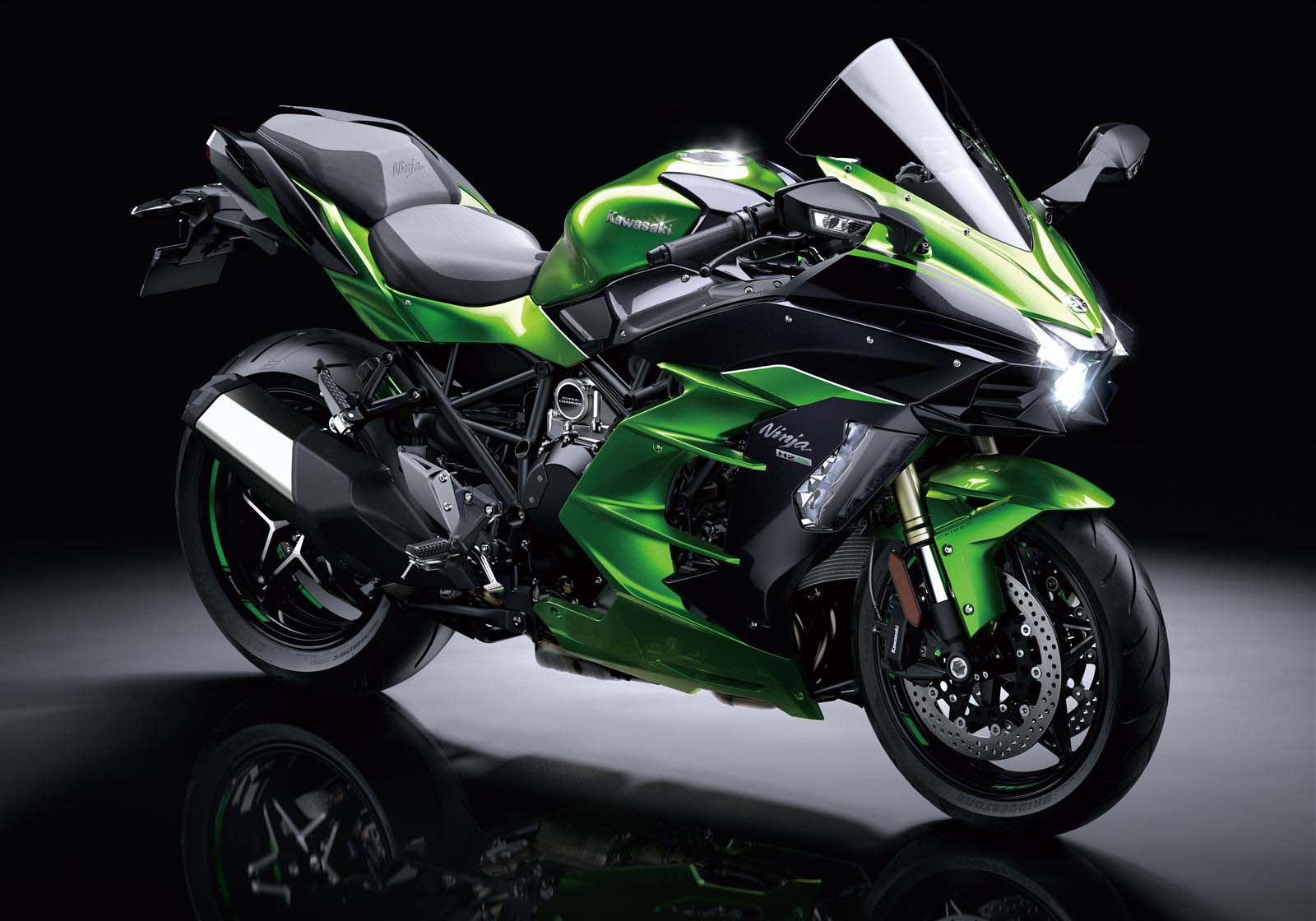 supercharged kawasaki ninja h2 sx with 200hp on tap asphalt rubber. Black Bedroom Furniture Sets. Home Design Ideas