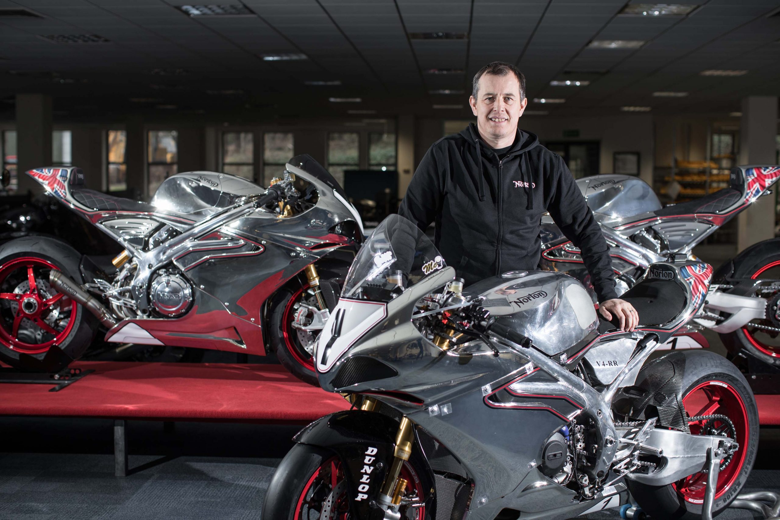 Norton sauce curry John-McGuinness-Norton-SG7-Isle-of-Man-TT-04-scaled