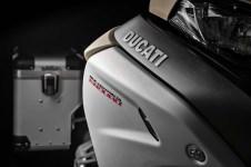 2019-Ducati-Multistrada-1260-Enduro-44