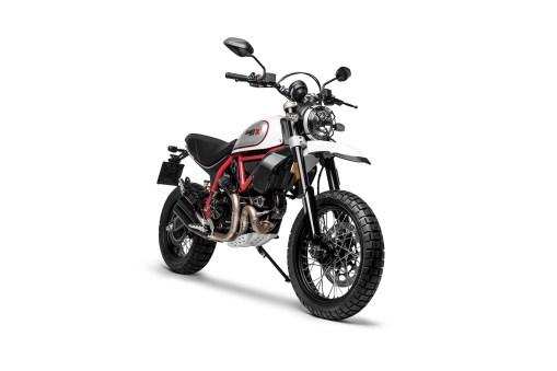 2019-Ducati-Scrambler-Desert-Sled-09