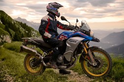 2019-BMW-F850GS-Adventure-36