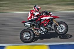 2019-Ducati-Hypermotard-950-SP-46