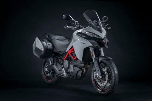 2019-Ducati-Multistrada-950-S-09