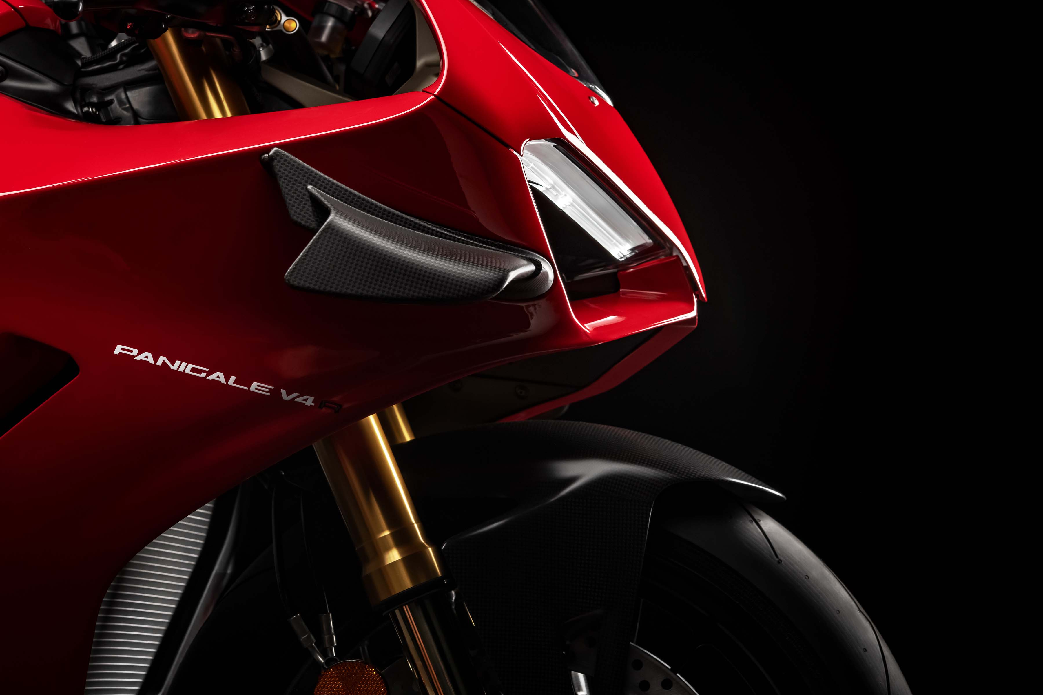 Ducati Panigale V4 R Debuts With 217hp Wings More Asphalt Rubber