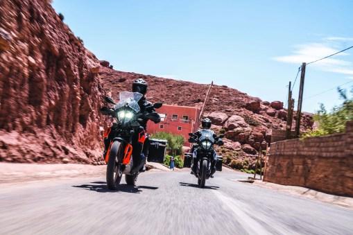 2019-KTM-790-Adventure-06