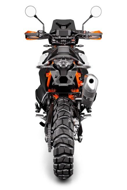 2019-KTM-790-Adventure-R-17