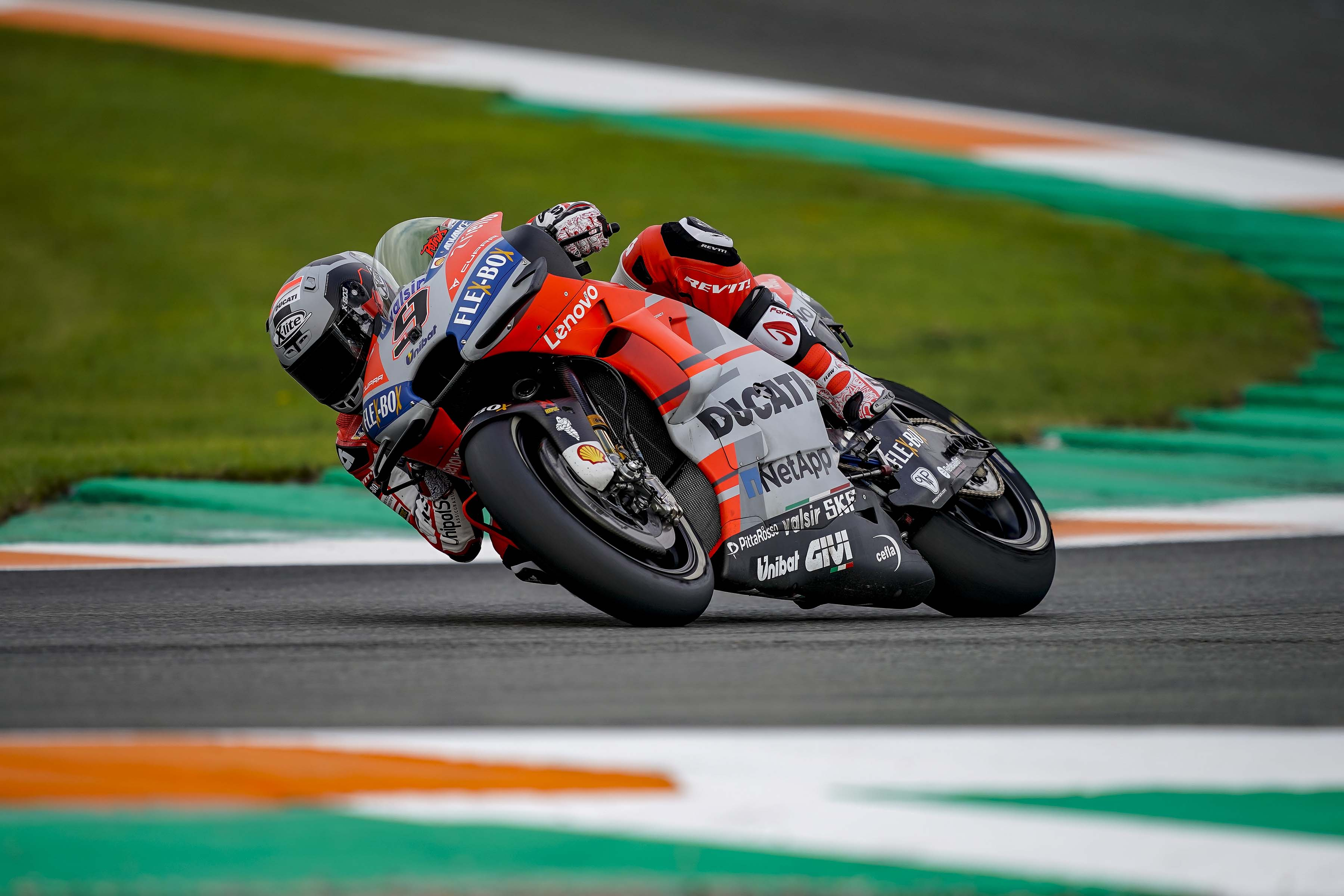 Ducati-Corse-MotoGP-Valencia-Test-01.jpg