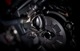 Ducati-Monster-1200-Tricolore-Motovation-06