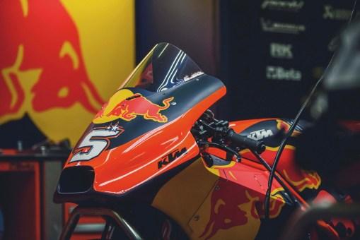 KTM-Racing-KTM-Tech3-MotoGP-Valencia-Test-18