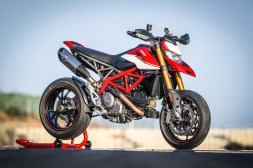 2019-Ducati-Hypermotard-950-SP-press-launch-static-11