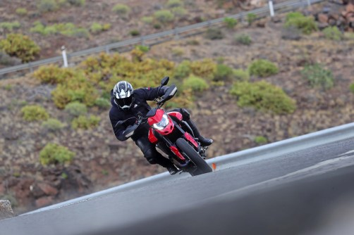 2019-Ducati-Hypermotard-950-press-launch-29