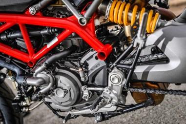 2019-Ducati-Hypermotard-950-press-launch-static-31