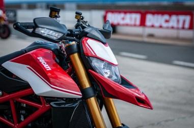 Ducati-Hypermotard-950-SP-Ducati-Performance-launch-JJB-10
