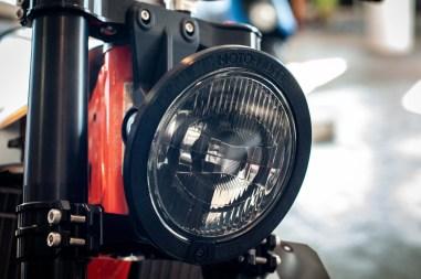 Moto-Mucci-KTM-300-XCW-street-tracker-19