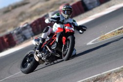 Ruben-Xaus-Ducati-Hypermotard-950-slide-28