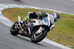 2019-BMW-S1000RR-Estoril-press-launch-48