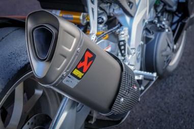 Aprilia-RSV4-1100-Factory-Up-Close-Mugello-17