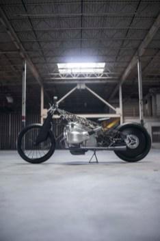Revival-Cycles-BMW-R1800-custom-19