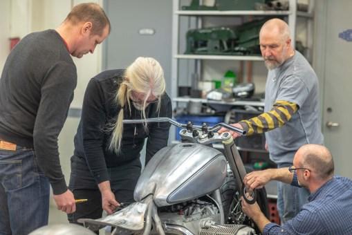 BMW-Motorrad-Concept-R18-28