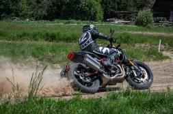 Indian-FTR1200-Andy-DiBrino-flat-track-13
