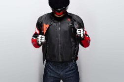 Dainese-Smart-Jacket-airbag-08