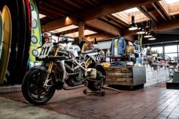 Deus-Ex-Machina-Woolie-Ducati-Pikes-Peak-03