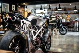 Deus-Ex-Machina-Woolie-Ducati-Pikes-Peak-04