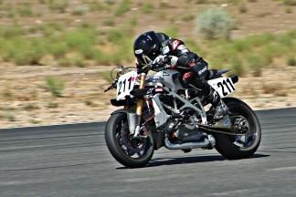 Deus-Ex-Machina-Woolie-Ducati-Pikes-Peak-06