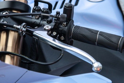 That's a proper safety wire job on the right-hand grip. Also, note the remote lever adjuster for the front brake.