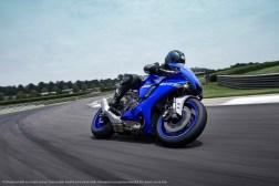 2020-Yamaha-YZF-R1-37