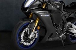 2020-Yamaha-YZF-R1M-02