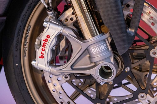 Ducati-Panigale-V4-25th-Anniversary-916-up-close-Andrew-Kohn-04