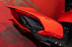 Ducati-Panigale-V4-25th-Anniversary-916-up-close-Andrew-Kohn-19