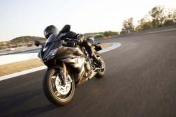 Triumph-Daytona-Moto2-765-02